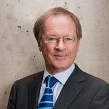 Girvan Patterson|Directeur
